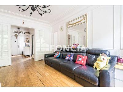 Vue n°3 Appartement 4 pièces à vendre - PARIS 10ème (75010) - 79.85 m²