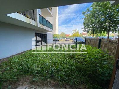 Vue n°3 Appartement 1 pièce à vendre - BEAUVAIS (60000) - 34 m²