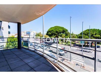 Vue n°2 Appartement 3 pièces à vendre - ANTIBES (06600) - 59.9 m²