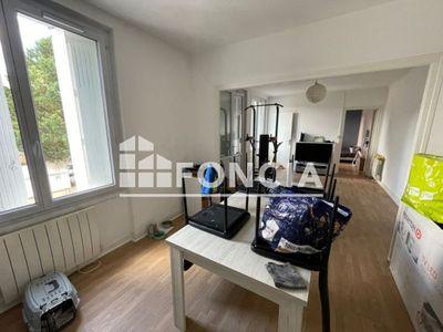 Vue n°3 Appartement 3 pièces à vendre - POITIERS (86000) - 75.7 m²
