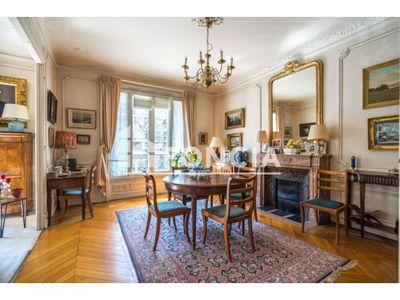 Vue n°2 Appartement 7 pièces à vendre - PARIS 6ème (75006) - 181.89 m²