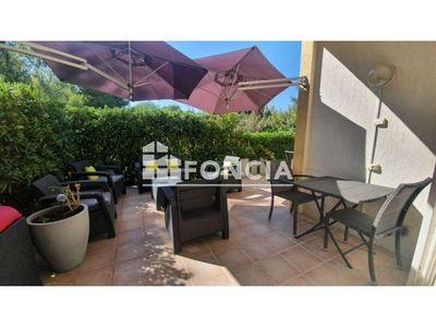 Vue n°2 Appartement 3 pièces à vendre - SIX FOURS LES PLAGES (83140) - 60 m²