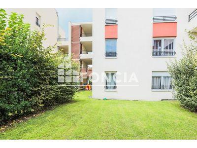 Vue n°3 Appartement 3 pièces à vendre - CLERMONT FERRAND (63100) - 68.21 m²