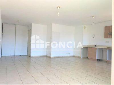 Vue n°2 Appartement 3 pièces à vendre - MARSEILLE 2ème (13002) - 68 m²
