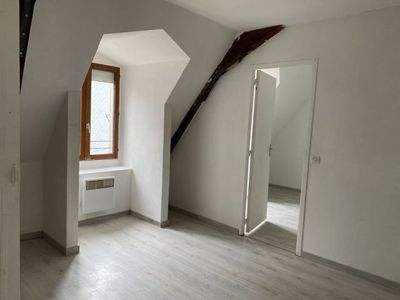 Vue n°2 Appartement 3 pièces à louer - MONTVAL SUR LOIR (72500)