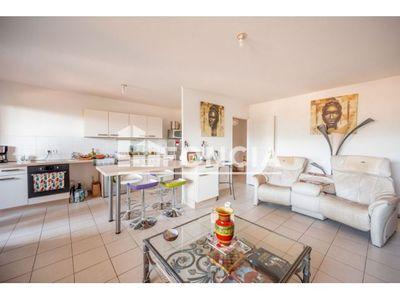 Vue n°3 Appartement 3 pièces à vendre - HYERES (83400) - 66 m²