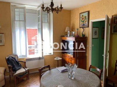Vue n°3 Appartement 3 pièces à vendre - CHARLEVILLE MEZIERES (08000) - 59 m²