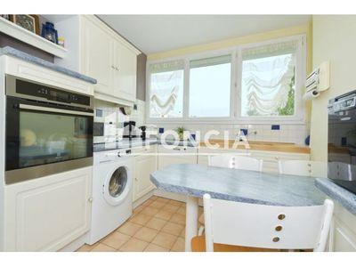 Vue n°3 Appartement 4 pièces à vendre - FLEURY LES AUBRAIS (45400) - 74.96 m²