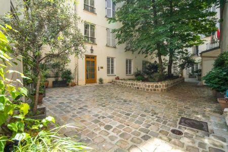 Vue n°2 Appartement 2 pièces à vendre - PARIS 9ème (75009) - 33.5 m²