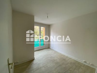 Vue n°3 Appartement 3 pièces à louer - MANOSQUE (04100)