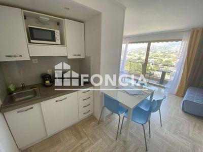 Vue n°2 Appartement 1 pièce à vendre - MANDELIEU LA NAPOULE (06210) - 27 m²