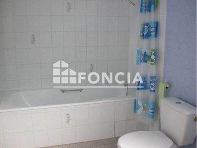 Vue n°3 Appartement 2 pièces à louer - LA CHARTRE SUR LE LOIR (72340) - 49.7 m²