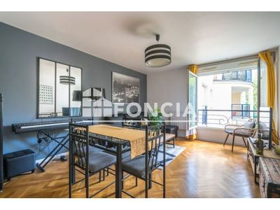 Vue n°3 Appartement 3 pièces à vendre - LE PLESSIS ROBINSON (92350) - 66.4 m²