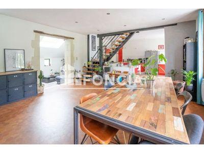 Vue n°3 Maison 7 pièces à vendre - YVRE LE POLIN (72330)