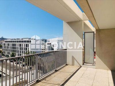 Vue n°3 Appartement 3 pièces à vendre - MARSEILLE 2ème (13002) - 68 m²