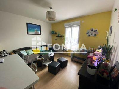 Vue n°2 Appartement 2 pièces à vendre - BEAUVAIS (60000) - 42.23 m²
