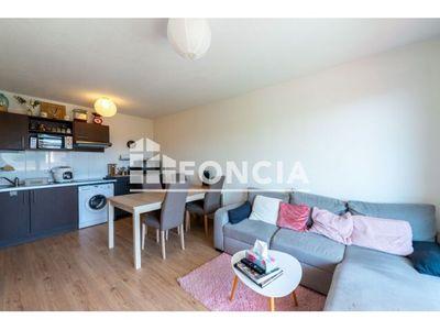 Vue n°2 Appartement 3 pièces à vendre - MONTELIMAR (26200) - 55.55 m²