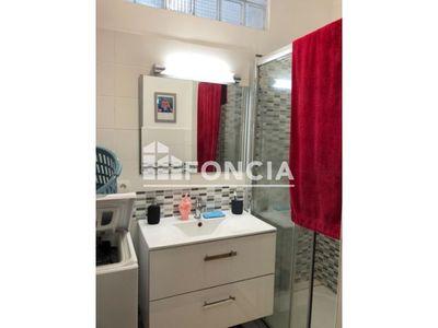 Vue n°3 Appartement 1 pièce à vendre - HYERES (83400) - 25 m²