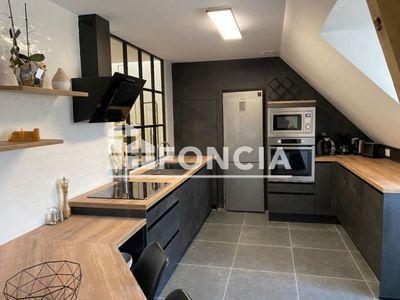 Vue n°2 Appartement 4 pièces à vendre - BEAUVAIS (60000) - 104.11 m²