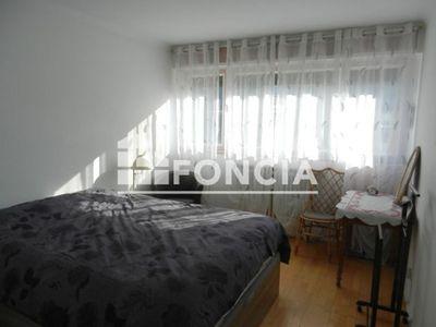 Vue n°2 Appartement 3 pièces à vendre - AIX LES BAINS (73100) - 64 m²