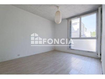 Vue n°3 Appartement 2 pièces à vendre - EVRY (91000) - 45.54 m²
