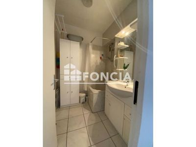 Vue n°3 Appartement 3 pièces à vendre - BILLERE (64140) - 54 m²