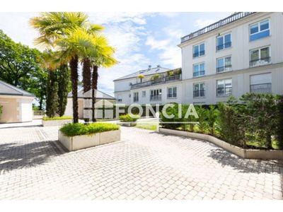 Vue n°2 Appartement 3 pièces à vendre - LE PLESSIS ROBINSON (92350) - 66.4 m²
