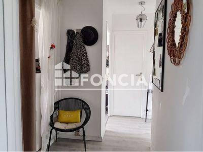 Vue n°3 Appartement 2 pièces à vendre - SEYNOD (74600) - 49.78 m²