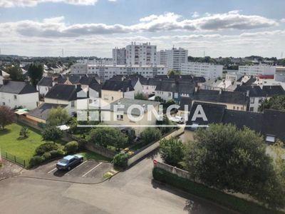 Vue n°2 Appartement 4 pièces à vendre - LANESTER (56600) - 75.99 m²