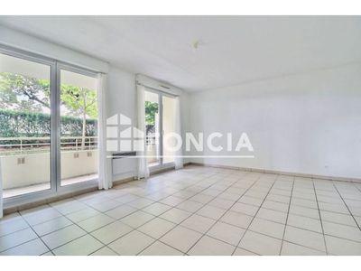 Vue n°3 Appartement 3 pièces à vendre - VICHY (03200) - 62.66 m²