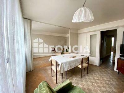 Vue n°3 Appartement 4 pièces à vendre - PARIS 20ème (75020) - 74.48 m²