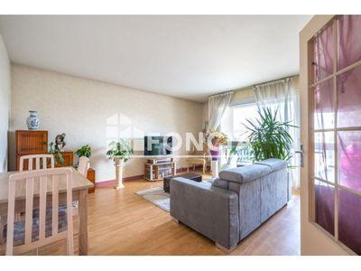 Vue n°2 Appartement 3 pièces à vendre - CACHAN (94230) - 70.5 m²