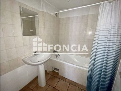 Vue n°2 Appartement 2 pièces à louer - LE BEAUSSET (83330) - 44.27 m²