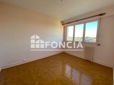 Vue n°2 Appartement 4 pièces à louer - CHOLET (49300) - 103.41 m²