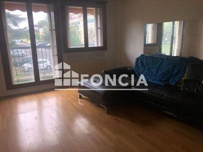 Vue n°3 Appartement 2 pièces à vendre - CORBEIL ESSONNES (91100) - 43 m²