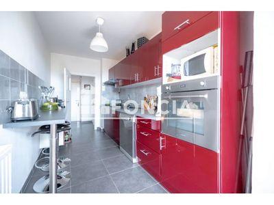 Vue n°2 Appartement 4 pièces à vendre - HYERES (83400) - 87 m²